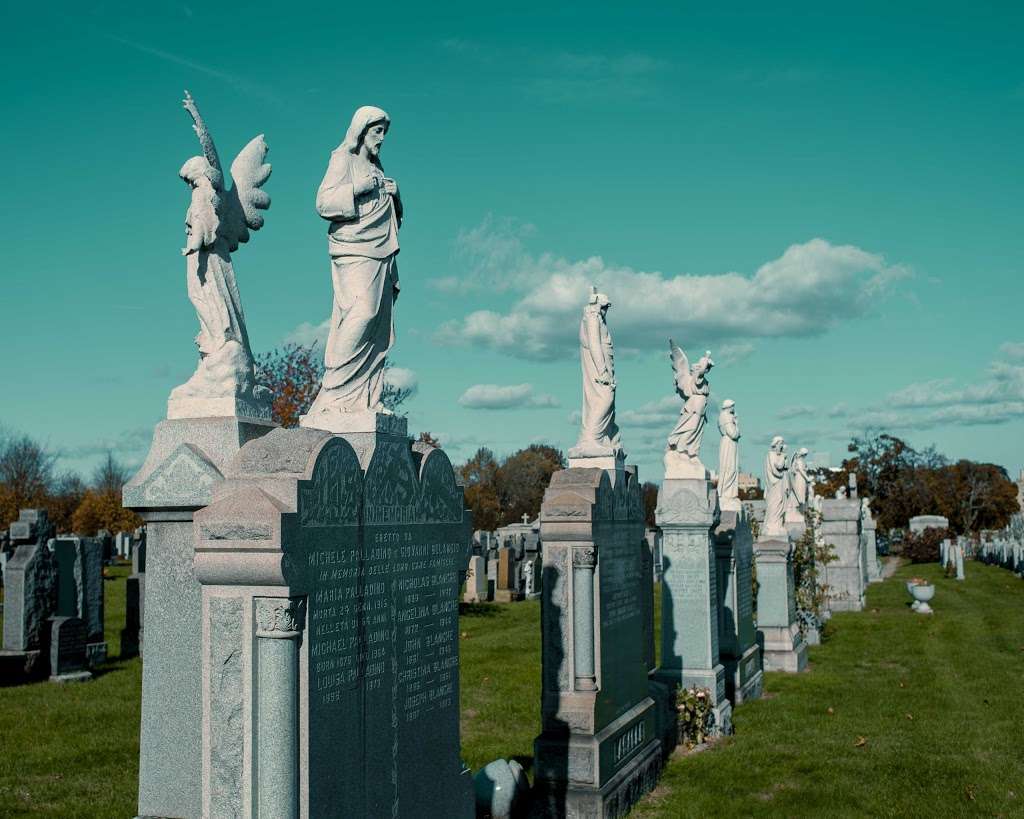 Calvary Cemetery - cemetery  | Photo 3 of 10 | Address: 49-02 Laurel Hill Blvd, Woodside, NY 11377, USA | Phone: (718) 786-8000