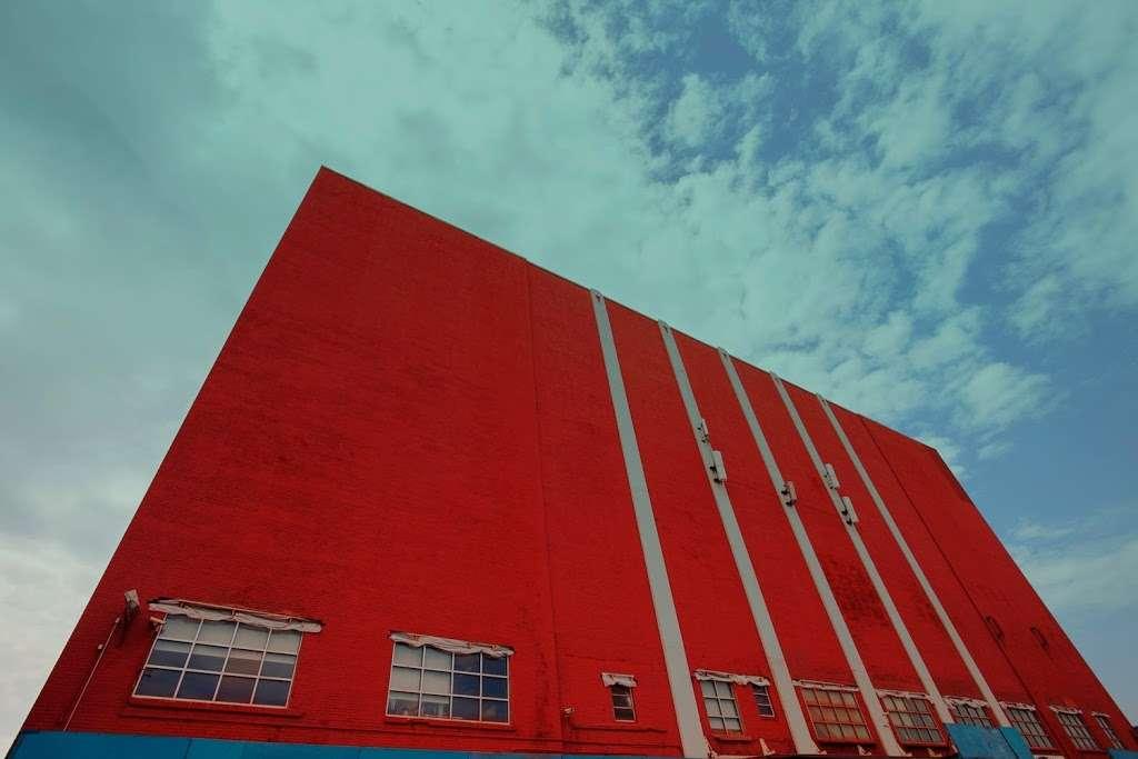 Moishes Self Storage - storage  | Photo 5 of 7 | Address: 930 Newark Ave, Jersey City, NJ 07306, USA | Phone: (201) 659-0669