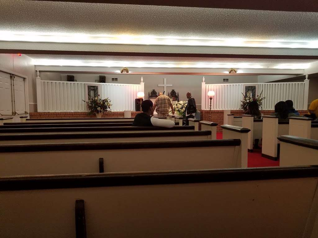Sandra Clark Funeral Home - funeral home    Photo 6 of 10   Address: 6029 South R L Thornton, Dallas, TX 75232, USA   Phone: (214) 371-2600