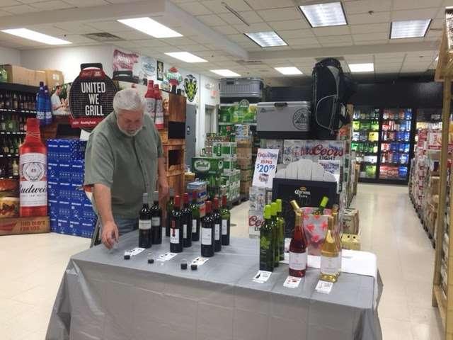 M&M Wine & Spirits - Liquor Store - store  | Photo 1 of 10 | Address: 429 Market St, Elmwood Park, NJ 07407, USA | Phone: (201) 796-6900