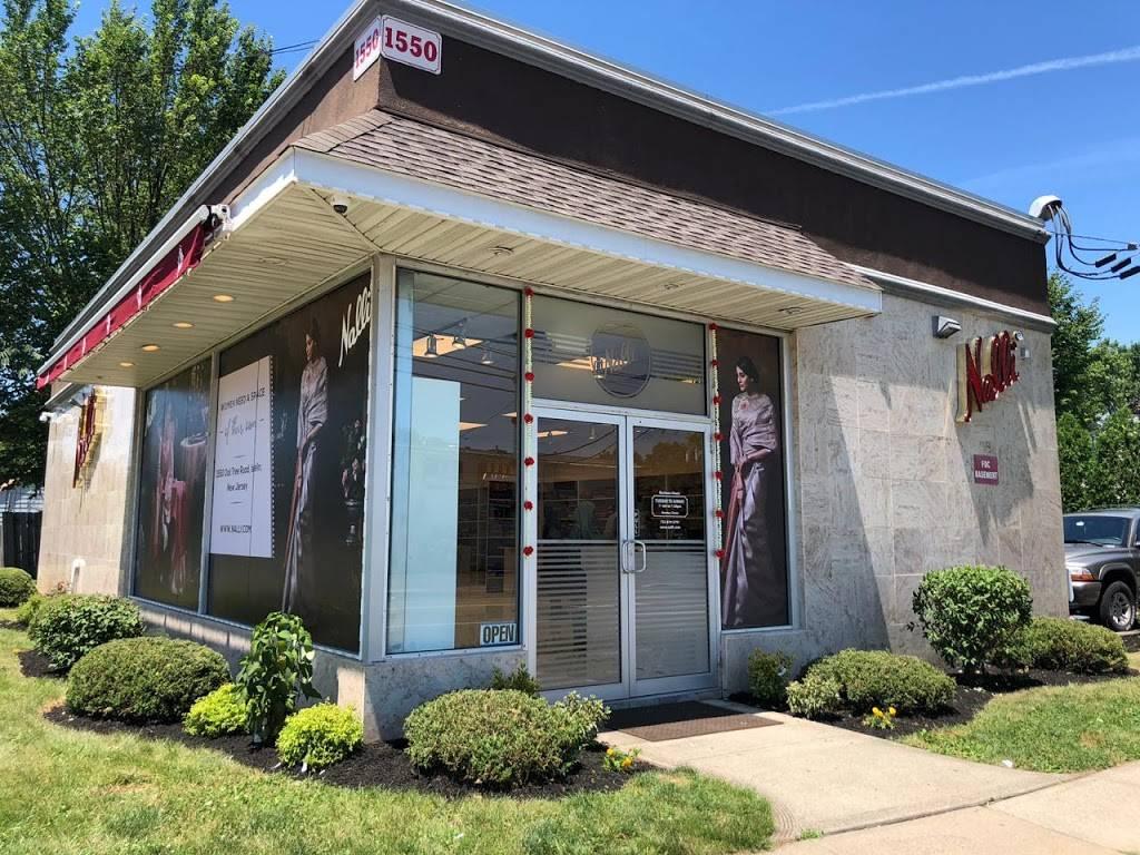 Nalli Silk Sarees - New Jersey USA - store    Photo 6 of 7   Address: 1550 Oak Tree Rd, Iselin, NJ 08830, USA   Phone: (732) 874-5791
