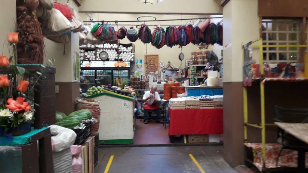 Mercado Municipal - store  | Photo 7 of 10 | Address: Niños Heroes, Zona Centro, 22000 Tijuana, B.C., Mexico
