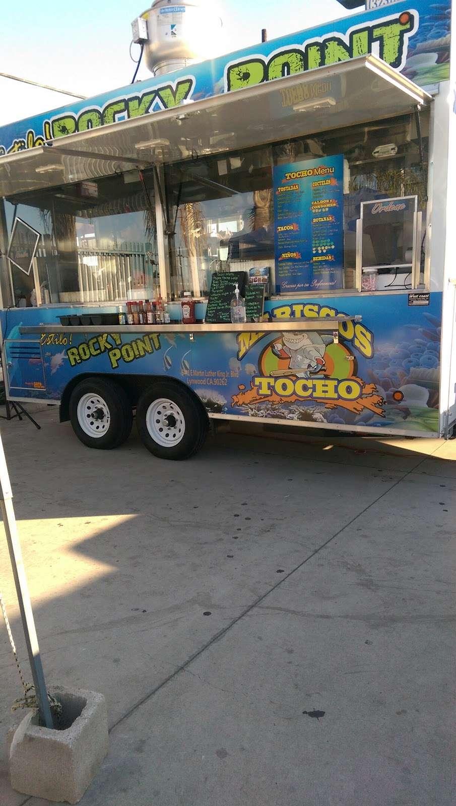 Mariscos Tocho - restaurant  | Photo 2 of 10 | Address: 11299 Alameda St, Los Angeles, CA 90059, USA | Phone: (562) 415-7519
