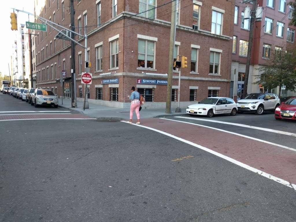 Newport Pharmacy - pharmacy  | Photo 3 of 8 | Address: 165 Erie St, Jersey City, NJ 07310, USA | Phone: (201) 963-1903