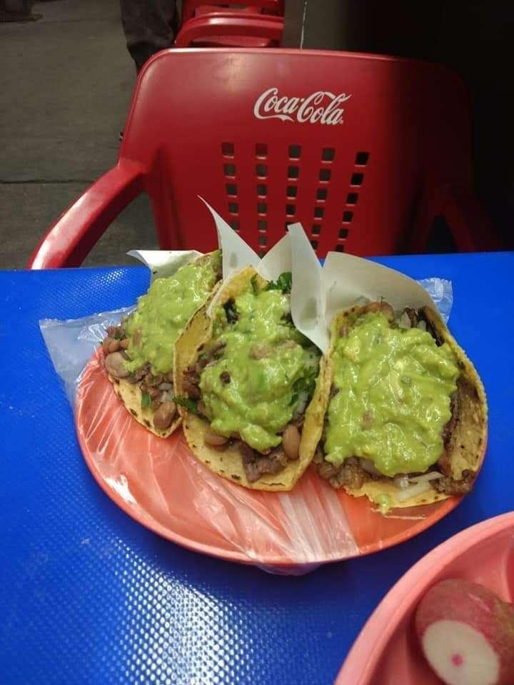 tacos noemi - restaurant    Photo 5 of 8   Address: Av. Ignacio Allende 7096, Azcona, 22100 Tijuana, B.C., Mexico