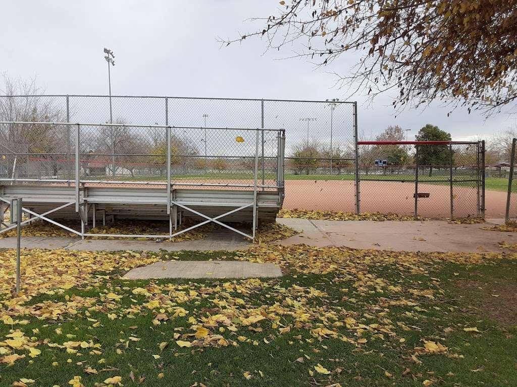 Franklin Field Complex - park  | Photo 6 of 10 | Address: 281 E Cedar St, Taft, CA 93268, USA | Phone: (661) 763-4246