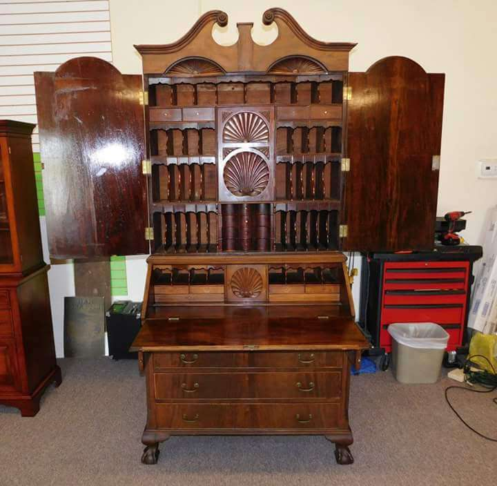 Springhill Antiques & Restoration Service - furniture store  | Photo 4 of 10 | Address: 2704 Merritt Mill Rd, Salisbury, MD 21804, USA | Phone: (443) 735-1967