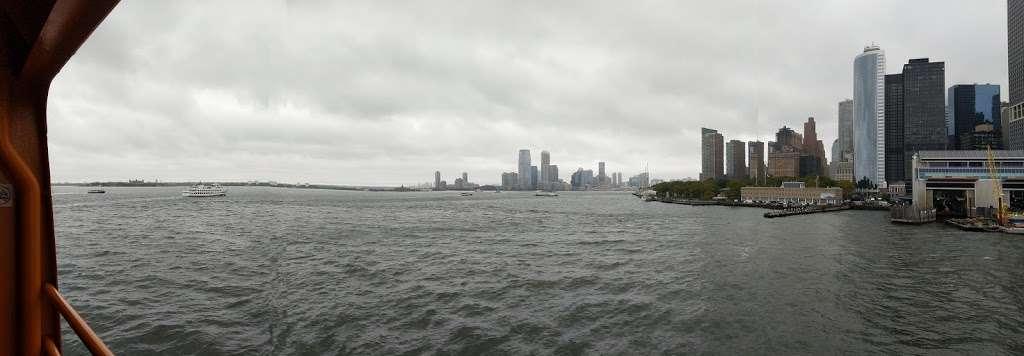 Ferry Manhattan - museum  | Photo 6 of 6 | Address: Upper Bay, New York, NY 10004, USA