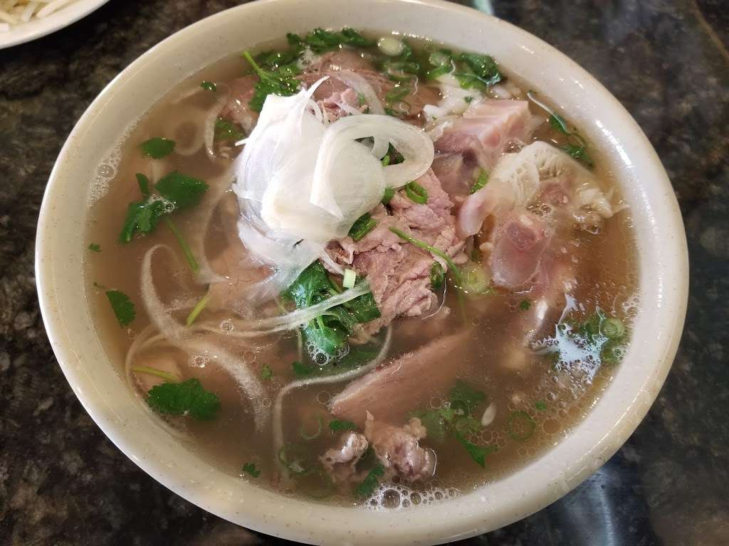 New Pho 999 - restaurant  | Photo 7 of 10 | Address: 12905 Sherman Way, North Hollywood, CA 91605, USA | Phone: (818) 982-9370