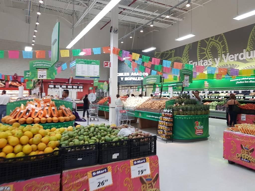 S-Mart - supermarket    Photo 4 of 10   Address: Av Santiago Troncoso # 1701, Parajes de Oriente, 32575 Cd Juárez, Chih., Mexico   Phone: 656 701 6260