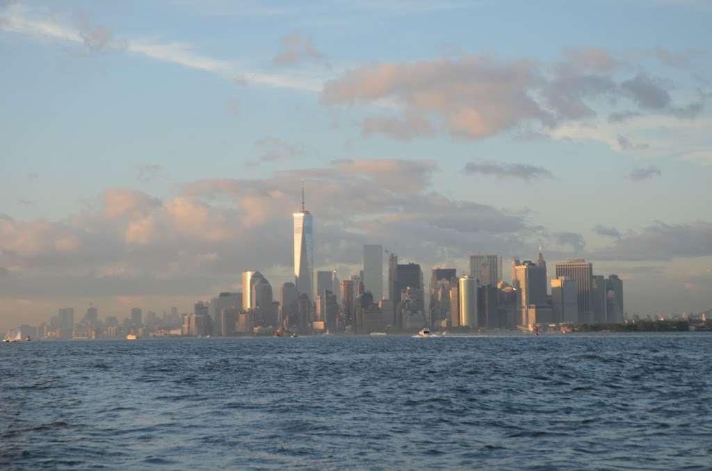 Gotham Sailing - travel agency  | Photo 8 of 10 | Address: 80 Audrey Zapp Dr, Jersey City, NJ 07305, USA | Phone: (732) 820-0290
