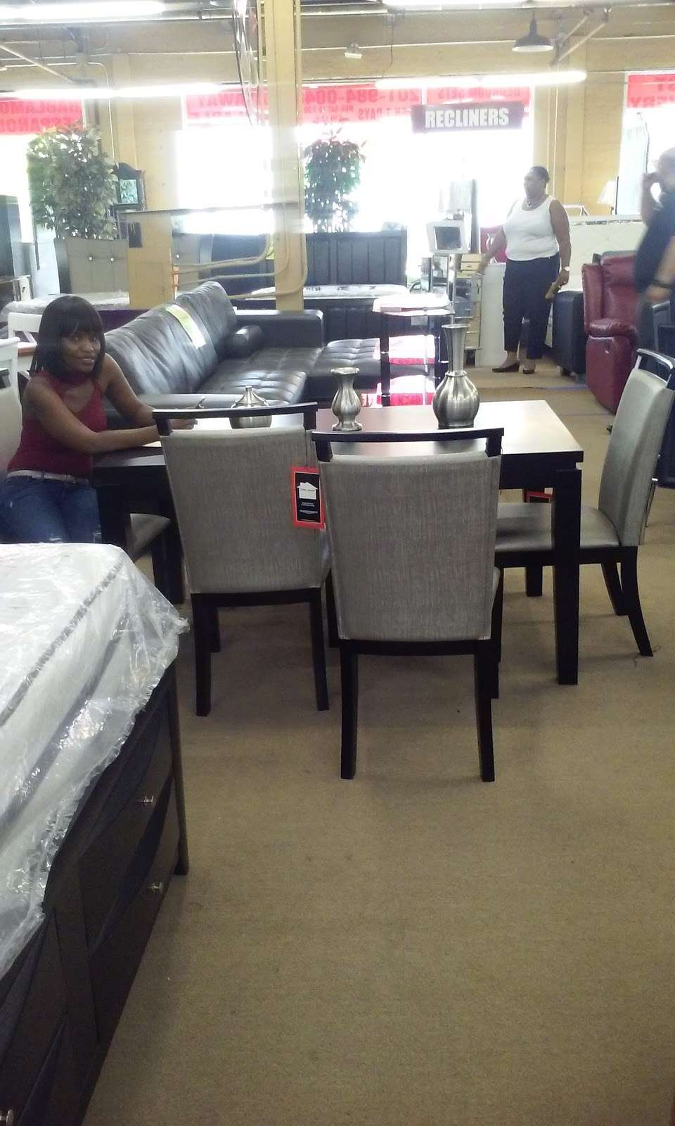 Furniture Direct - furniture store    Photo 7 of 10   Address: 368 Duncan Ave, Jersey City, NJ 07306, USA   Phone: (201) 984-0048