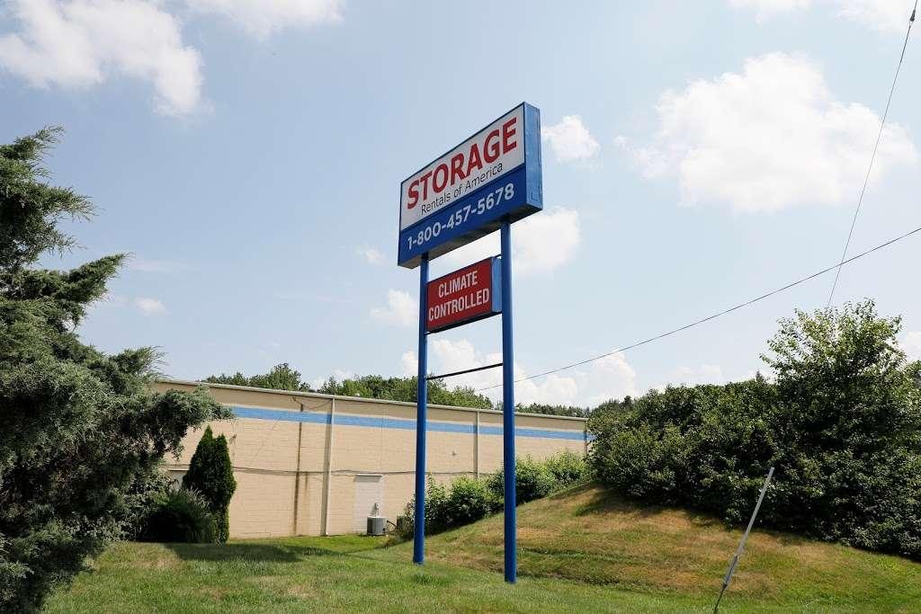 Storage Rentals of America - storage  | Photo 8 of 10 | Address: 100 E Scotland Dr, Bear, DE 19701, USA | Phone: (302) 786-0796