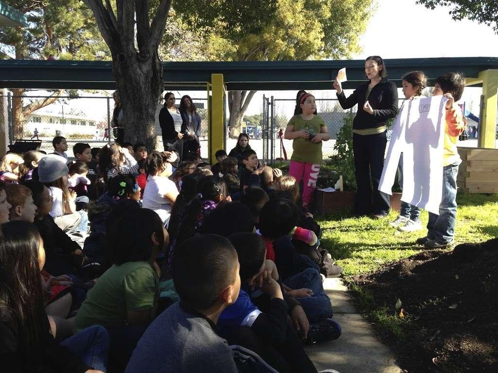 Lakewood Elementary School - school  | Photo 1 of 2 | Address: 750 Lakechime Dr, Sunnyvale, CA 94089, USA | Phone: (408) 522-8272