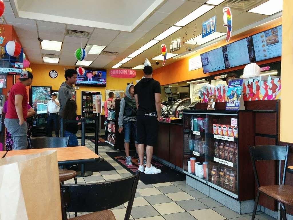 Dunkin - bakery  | Photo 10 of 10 | Address: 186 Elmora Ave, Elizabeth, NJ 07202, USA | Phone: (908) 289-9327