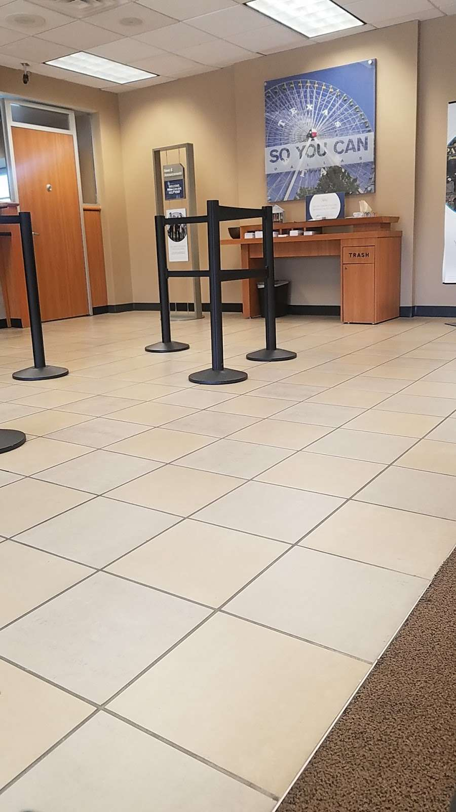 Chase Bank - bank  | Photo 9 of 10 | Address: 14250 Marsh Ln, Addison, TX 75001, USA | Phone: (972) 488-0066