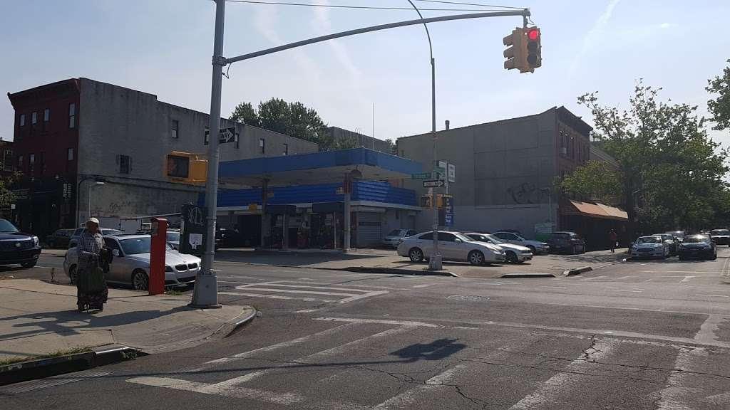 SUNOCO - gas station    Photo 1 of 1   Address: 584 Gates Ave, Brooklyn, NY 11221, USA   Phone: (718) 574-9388