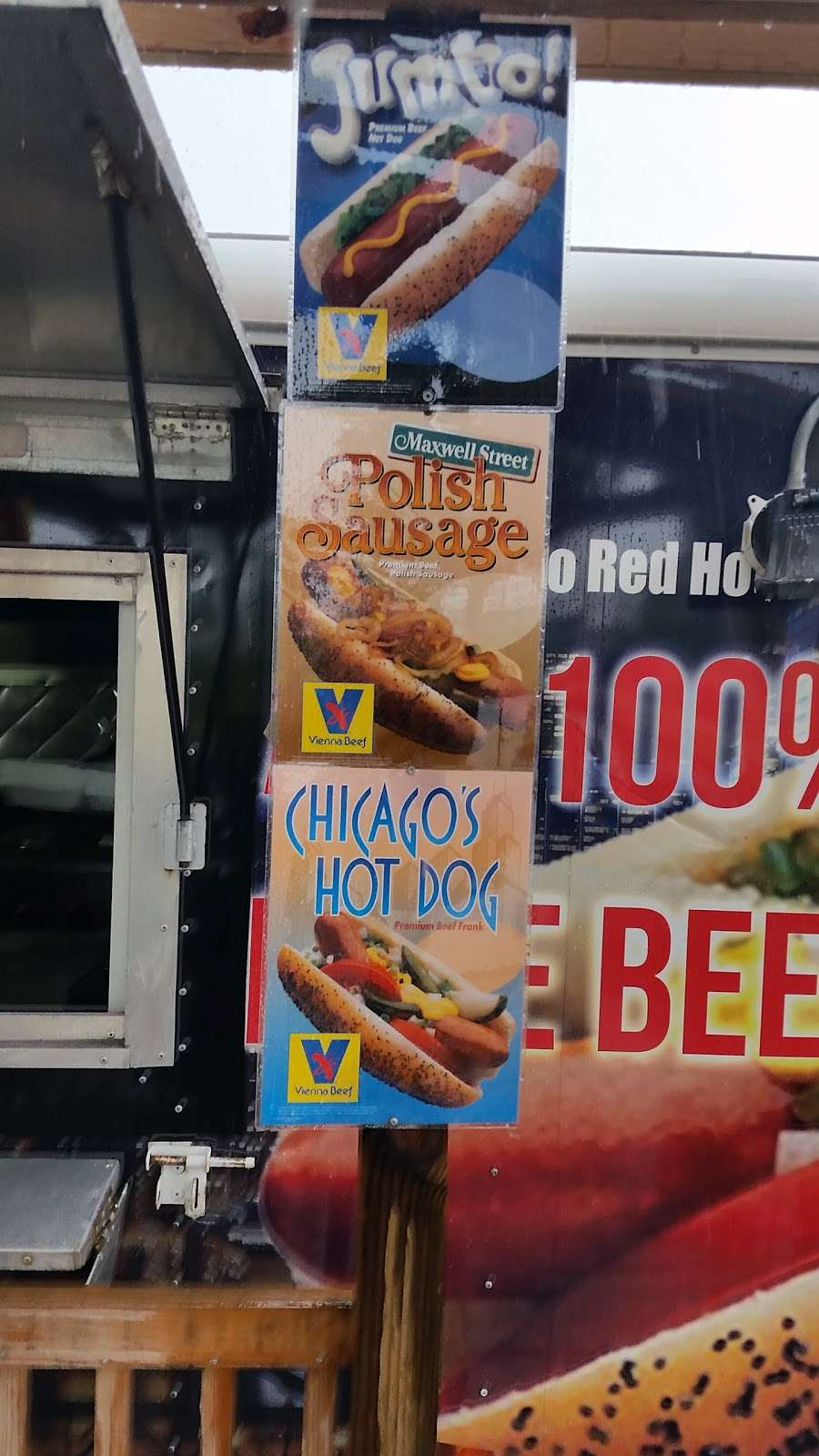 Marwan- VIENNA HOT DOGS - restaurant  | Photo 3 of 6 | Address: 8740 FM 1960, Humble, TX 77346, USA | Phone: (678) 949-4449