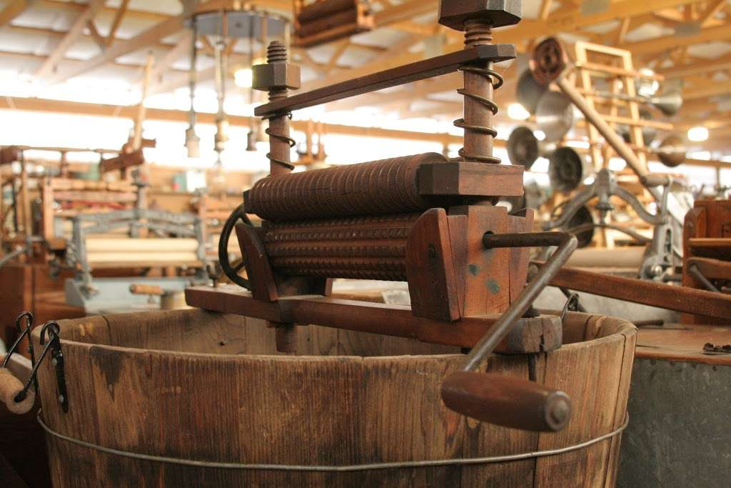 Lee Maxwell Washing Machine Museum - museum  | Photo 2 of 10 | Address: 35901 WCR 31, Eaton, CO 80615, USA | Phone: (970) 454-1856