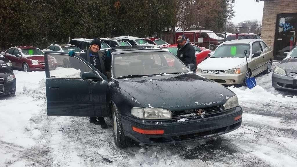 Jimmy Smiths Auto Sales - car dealer  | Photo 3 of 7 | Address: 367 Moorestown Dr, Bath, PA 18014, USA | Phone: (610) 837-5980