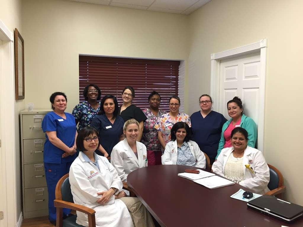 Luv N Care Pediatrics: AMBREEN ASLAM, M.D., ANNA PEREZ-SILVA, M. - doctor  | Photo 7 of 10 | Address: 11811 Fallbrook Dr b, Houston, TX 77065, USA | Phone: (832) 237-8882