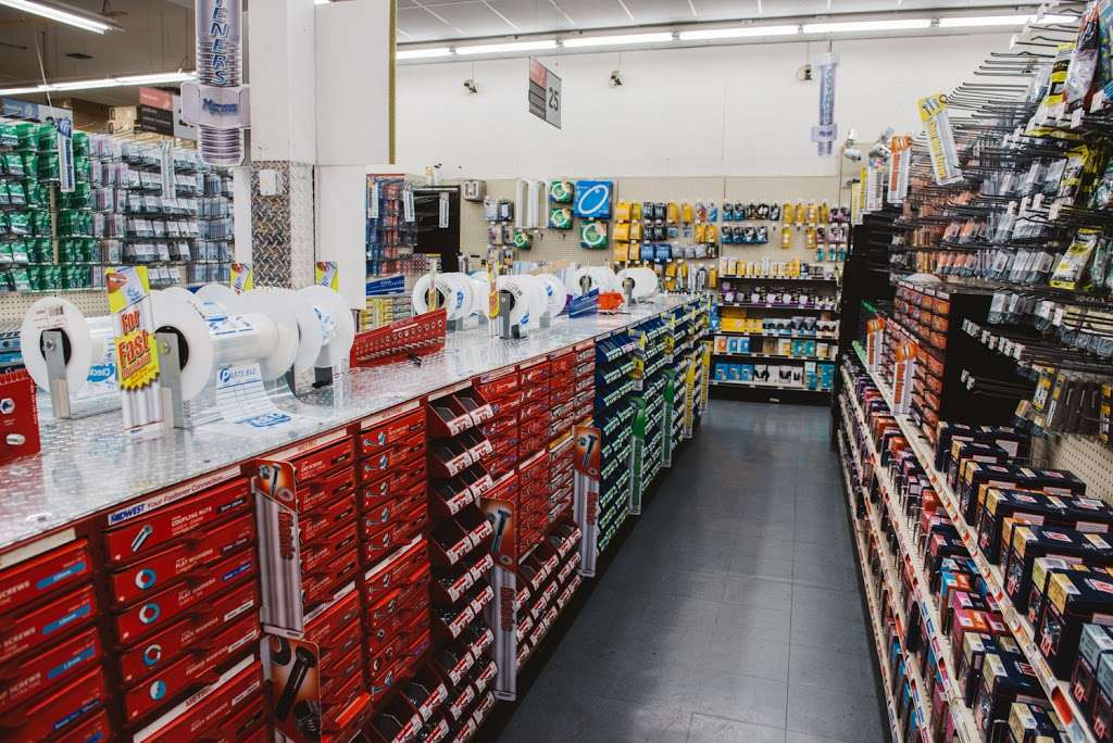 Vermont Outlet True Value - hardware store  | Photo 4 of 10 | Address: 2929 S Vermont Ave, Los Angeles, CA 90007, USA | Phone: (323) 734-4477
