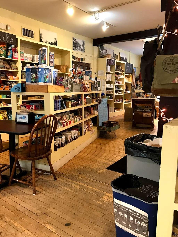 Harvard General Store - cafe  | Photo 8 of 10 | Address: 1 Still River Rd, Harvard, MA 01451, USA | Phone: (978) 430-0062