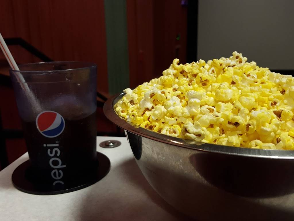 Marcus Oakdale Cinema - movie theater  | Photo 4 of 9 | Address: 5677 Hadley Ave N, Oakdale, MN 55128, USA | Phone: (651) 770-4992