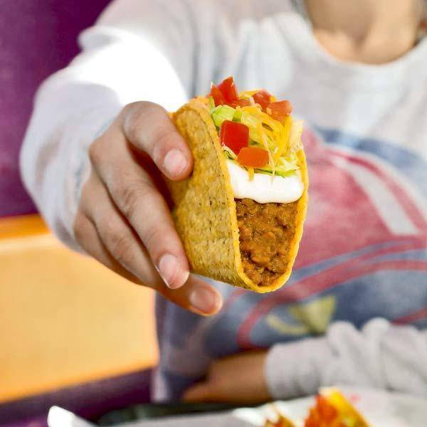 Taco Bell - meal takeaway  | Photo 7 of 9 | Address: 3125 College Dr, Baton Rouge, LA 70808, USA | Phone: (225) 216-1861