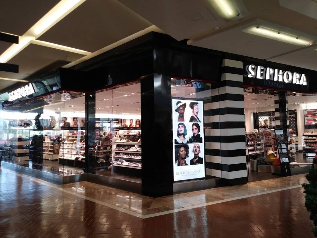 SEPHORA - clothing store  | Photo 8 of 10 | Address: 3333 Bear St Suite# 213, Costa Mesa, CA 92626, USA | Phone: (714) 435-1001