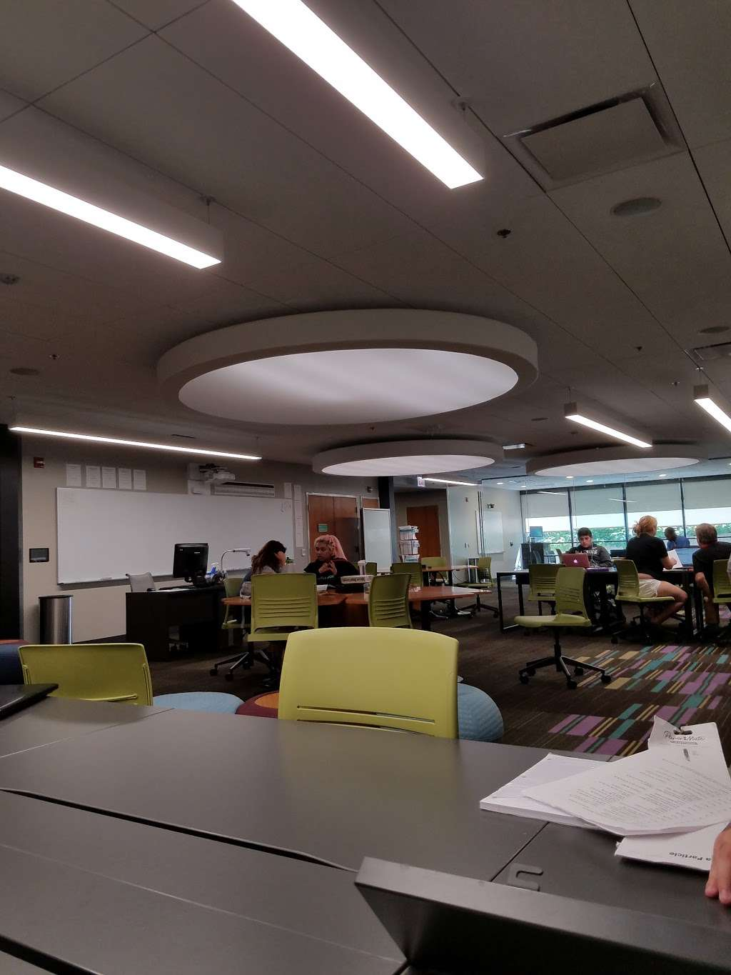 Wilbur Wright College Library - library  | Photo 3 of 5 | Address: 4300 N Narragansett Ave, Chicago, IL 60634, USA | Phone: (773) 481-8400