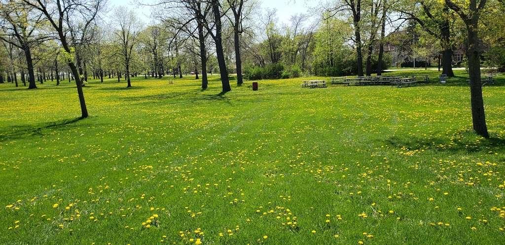 Jackson Park - park  | Photo 7 of 10 | Address: 3500 W Forest Home Ave, Milwaukee, WI 53215, USA | Phone: (414) 257-7275