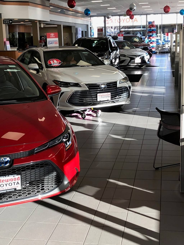 Maplewood Toyota - car dealer  | Photo 4 of 9 | Address: 2873 Maplewood Dr, Maplewood, MN 55109, USA | Phone: (651) 482-1322