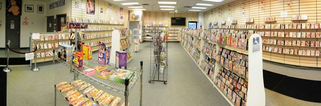 15th Avenue Adult Books - book store  | Photo 7 of 10 | Address: 2125 15th Ave, Melrose Park, IL 60160, USA | Phone: (708) 410-2095