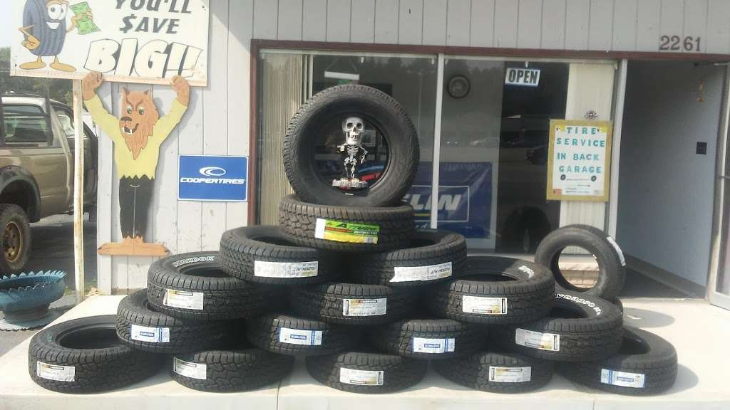 The Tire Guys - car repair  | Photo 3 of 10 | Address: 2261 Sans Souci Pkwy, Hanover, PA 18706, USA | Phone: (570) 223-4212