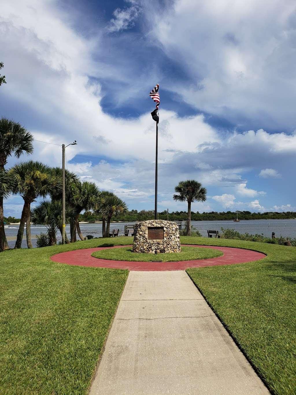 Veterans Memorial Park Edgewater Florida - park  | Photo 1 of 10 | Address: 1851-1899 S Riverside Dr, Edgewater, FL 32141, USA