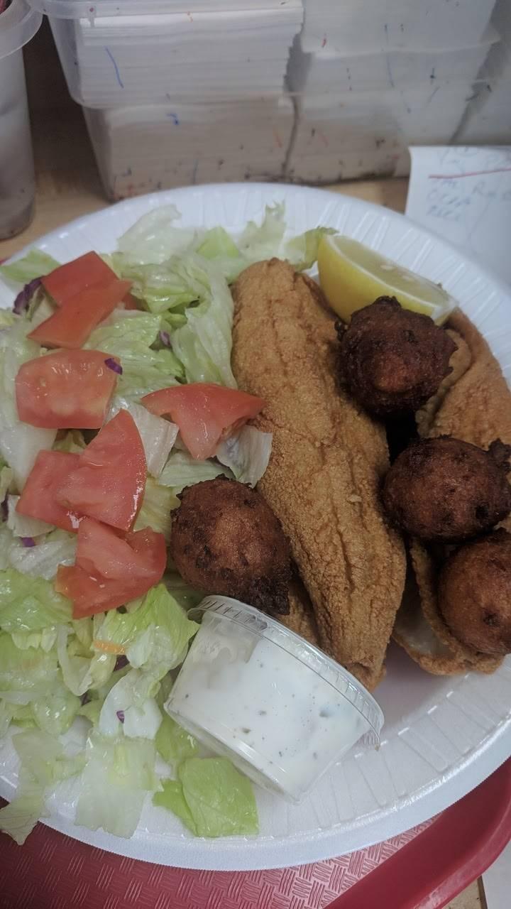 York Crossing Restaurant - restaurant  | Photo 5 of 9 | Address: 2301 Westinghouse Blvd # 8, Charlotte, NC 28273, USA | Phone: (704) 588-5444