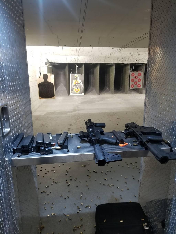 Gun Gallery - store    Photo 2 of 7   Address: 10268 Beach Blvd, Jacksonville, FL 32246, USA   Phone: (904) 641-1619