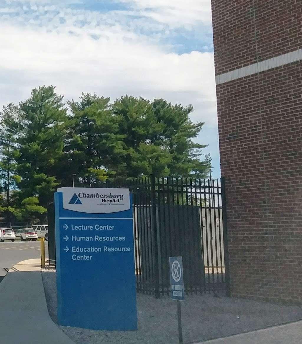 WellSpan Chambersburg Hospital - hospital    Photo 2 of 5   Address: 112 N 7th St, Chambersburg, PA 17201, USA   Phone: (717) 267-3000