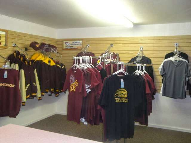 K&W Printing Inc - clothing store  | Photo 7 of 7 | Address: 212 Main St, Windsor, CO 80550, USA | Phone: (970) 686-9191