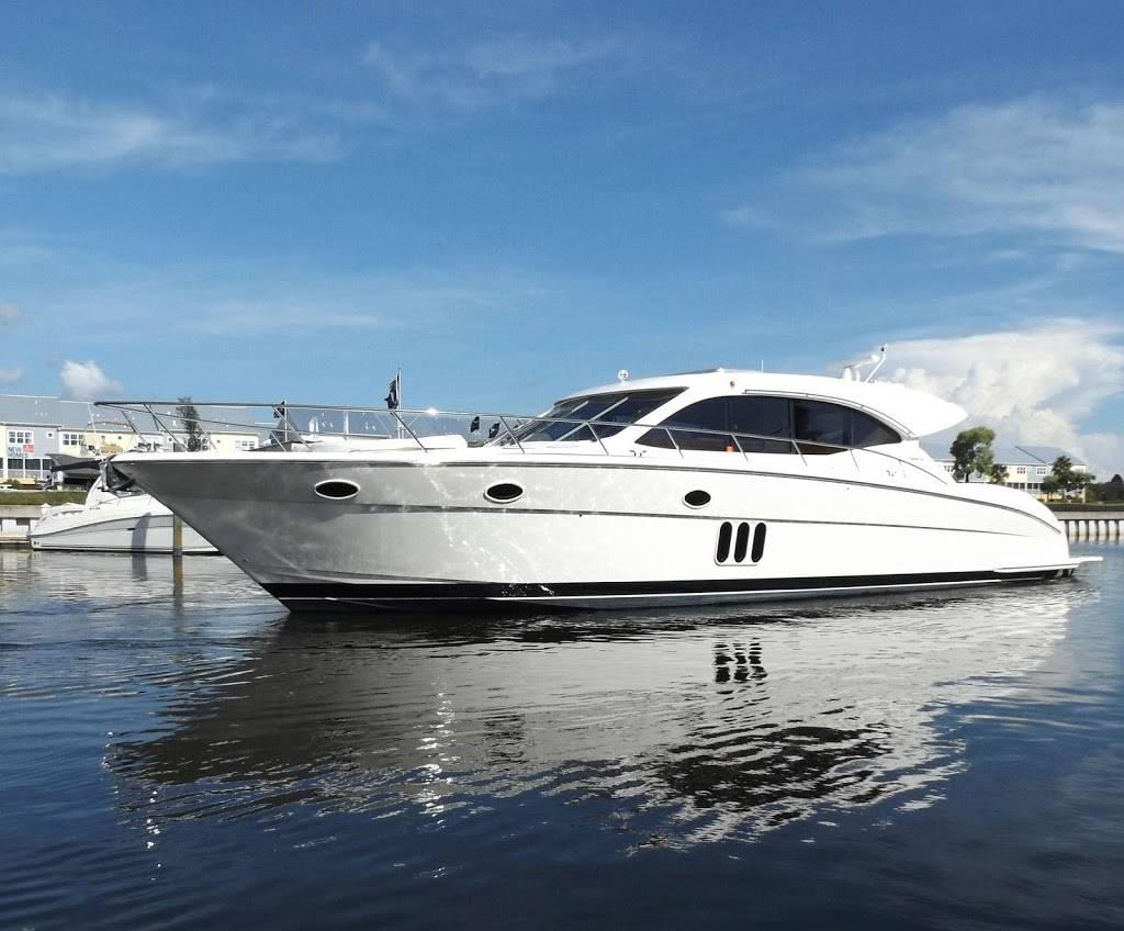 Bob Hodge Marine Group - store  | Photo 5 of 10 | Address: 5821 32nd Way S, St. Petersburg, FL 33712, USA | Phone: (727) 289-7050