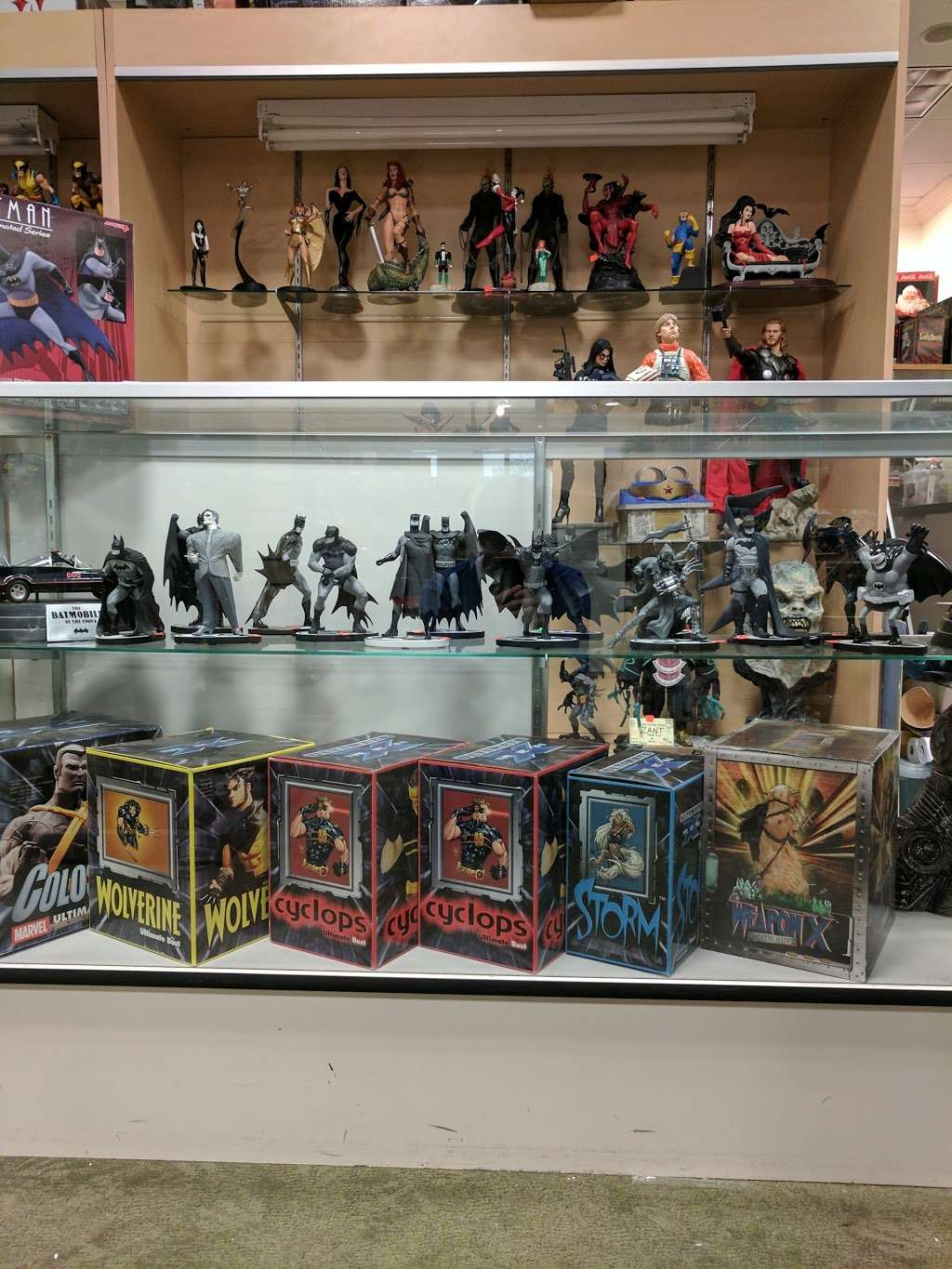 Dream World Collectibles - art gallery    Photo 6 of 10   Address: 1555 Simi Town Center Way #165, Simi Valley, CA 93065, USA   Phone: (805) 581-0409