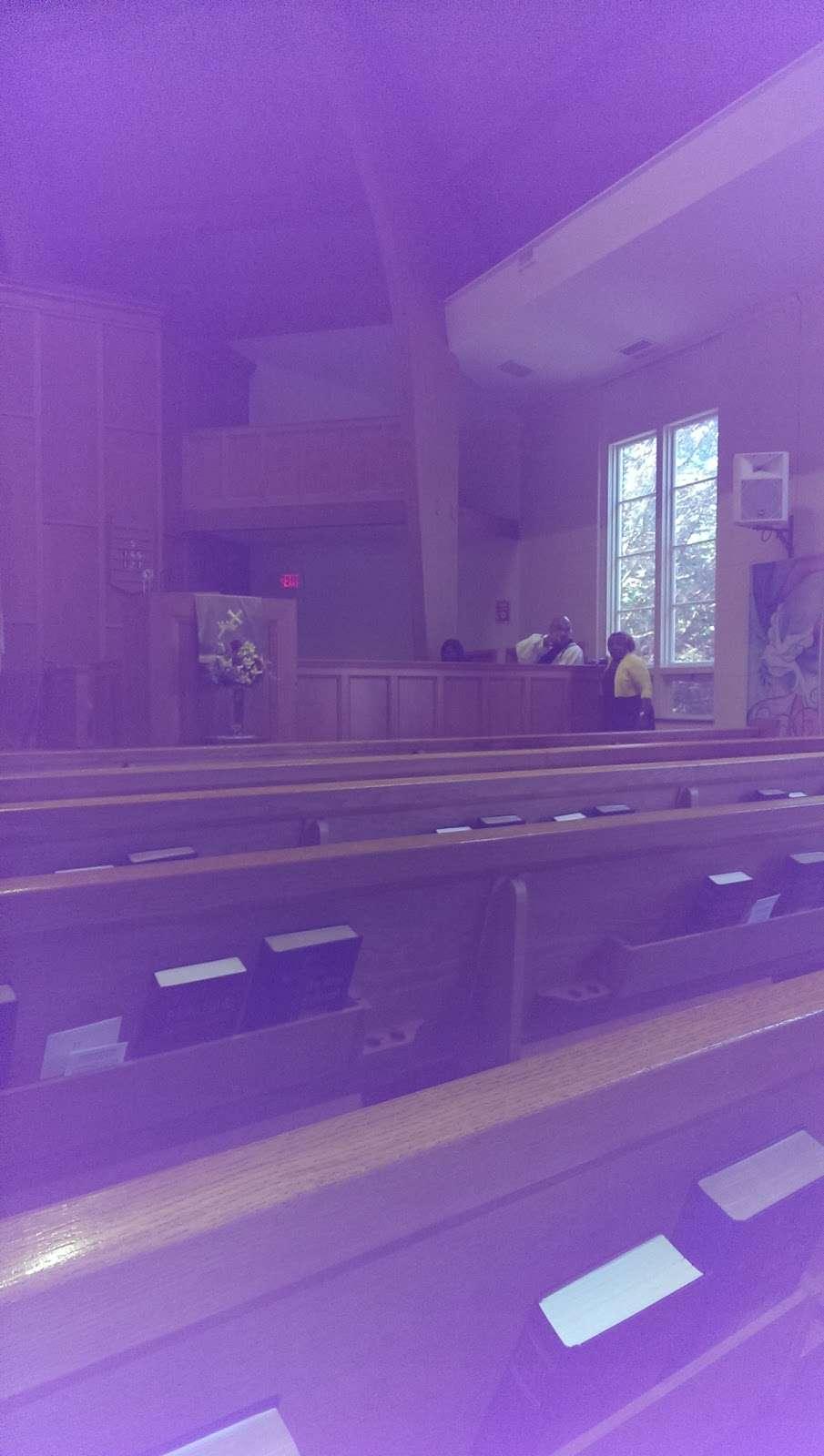 First Baptist Church - church  | Photo 3 of 3 | Address: 407 New Rochelle Rd, Bronxville, NY 10708, USA | Phone: (914) 793-2560