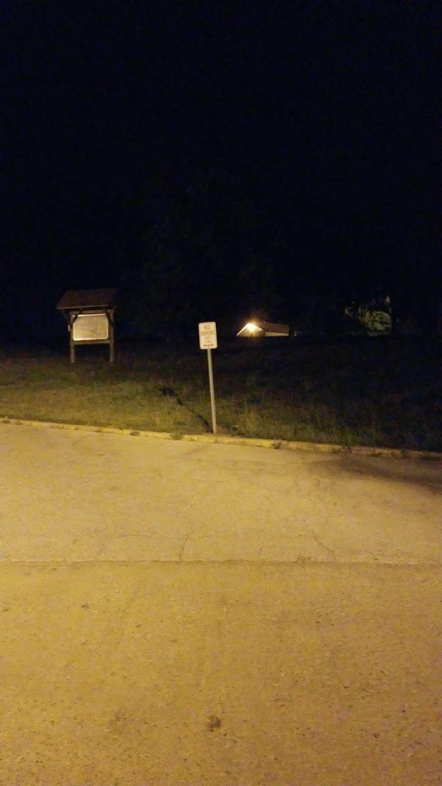 Lake Jacomo Shelter - park  | Photo 6 of 7 | Address: 7401 W Park Rd, Blue Springs, MO 64015, USA | Phone: (816) 795-8888