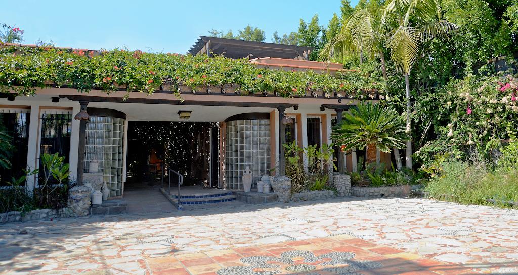 The Kalt Group - real estate agency    Photo 5 of 10   Address: 1213 South La Brea Ave, Los Angeles, CA 90019, USA   Phone: (323) 935-1717