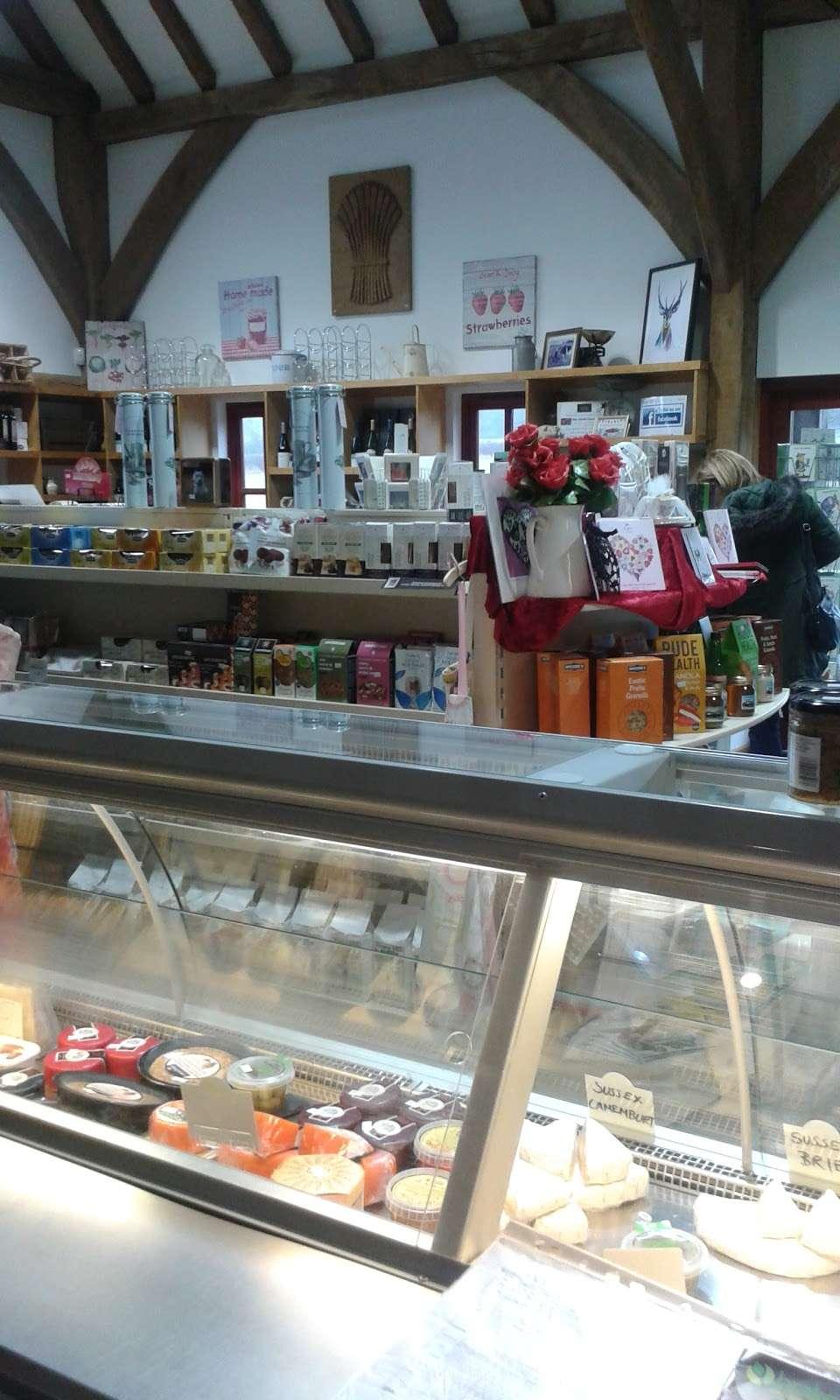 New House Farm Shop - cafe  | Photo 9 of 10 | Address: Old Crawley Rd, Faygate, Horsham RH12 4RU, UK | Phone: 01293 851890