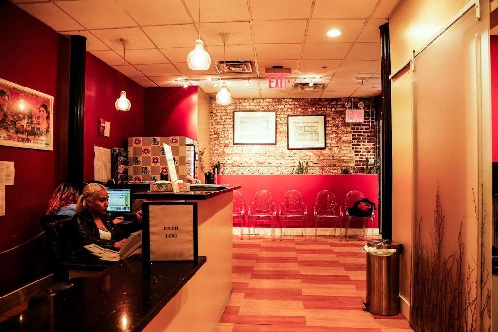 Bobby Buka MD - South Street Seaport Dermatology - hospital  | Photo 8 of 10 | Address: 220 Front St, New York, NY 10038, USA | Phone: (212) 385-3700