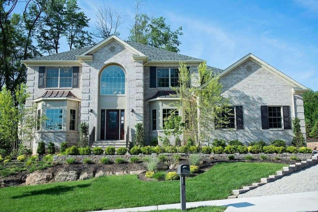 Reserve At Belair - real estate agency  | Photo 1 of 10 | Address: 60 Haggerty Dr, West Orange, NJ 07052, USA | Phone: (973) 736-5757