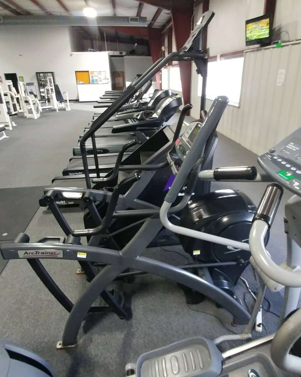 Ultimate Image Fitness Center - health  | Photo 4 of 7 | Address: 300 Spring Cir, Odessa, MO 64076, USA | Phone: (816) 633-8348