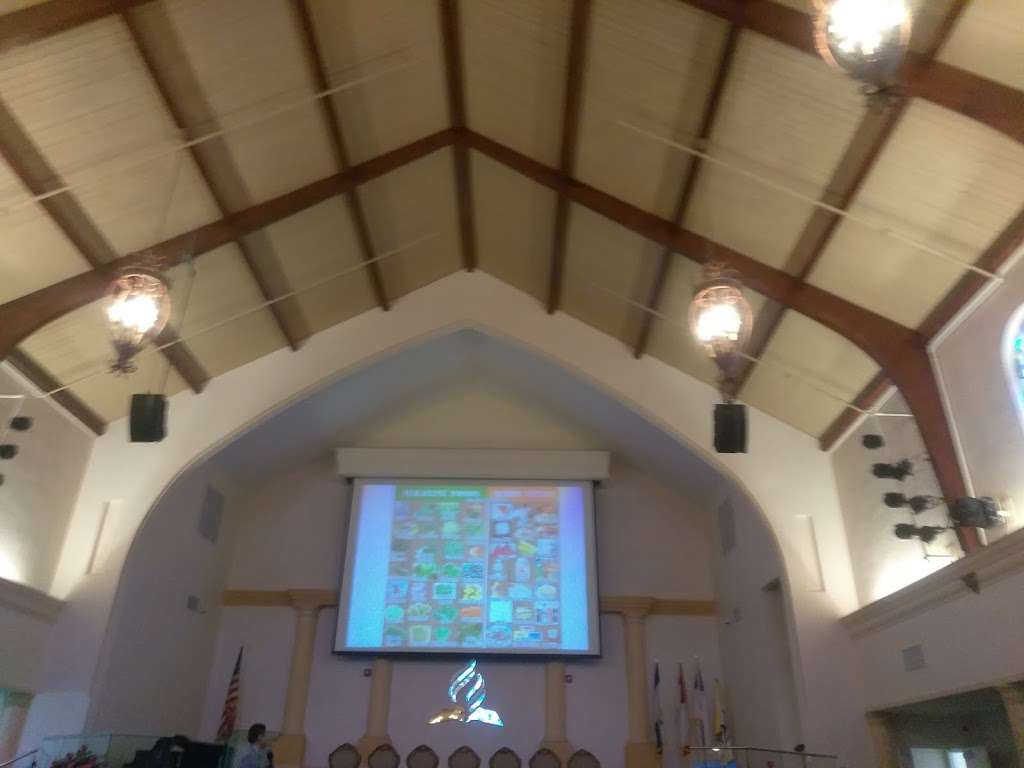 Hollywood Spanish Seventh Day - church    Photo 8 of 10   Address: 1808 Van Buren St, Hollywood, FL 33020, USA   Phone: (954) 362-3918